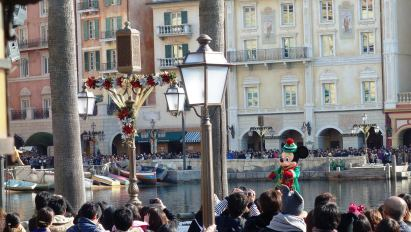Mickey's Christmas Greetings