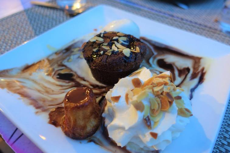 Moelleux au Chocolat, Crème anglaise, Canelés