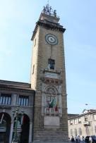 Torre dei caduti, Piazzale Vittorio Veneto