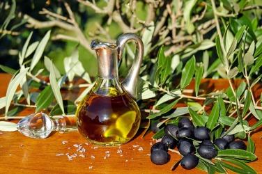 olive-oil-1596639_960_720