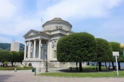 Tempio Voltiano, Giardini del Tempio Voltiano