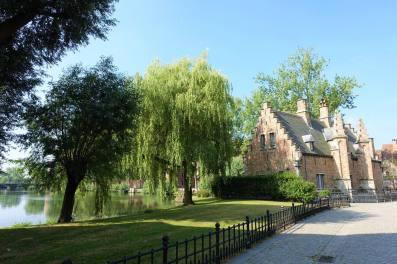 Sashuis, Minnewater Park (Parque Del Amor De Brujas)