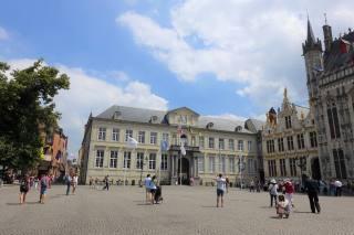 Brugse Vrije, Burg Square