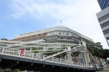 Anderson Bridge & The Fullerton Hotel