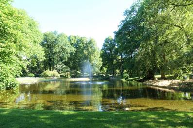 Queen's Pond, Dronningparken