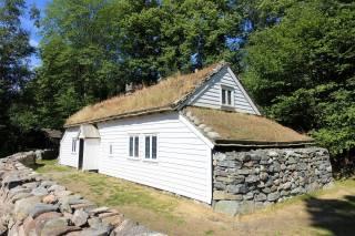 91 Coastal house