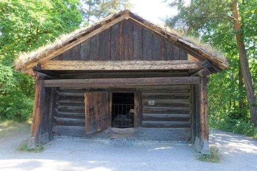 185 Summer Cottage