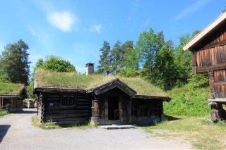 23 Farmhouse