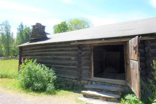 41 Farmhouse