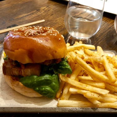 Kakuni Burger (pork belly) with spicy fries