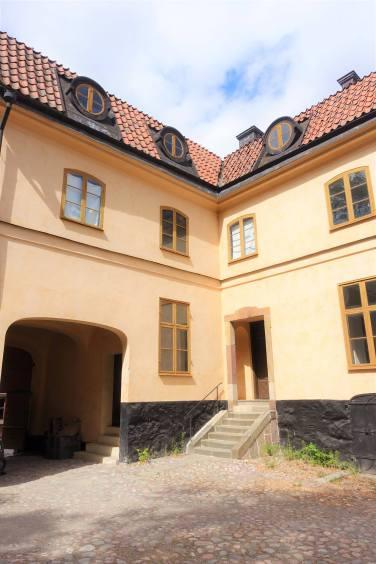 Charles Tottie's Residence/Tottieska gården 16